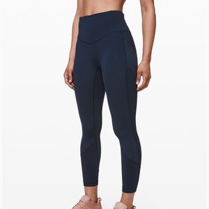 """Lululemon All The Right Places Crop II 23"""" Size 6"""